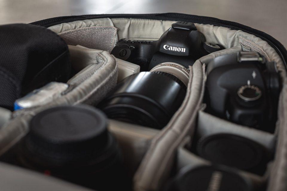 What's in my bag, What's in my photography bag, fotomateriaal tweedehands of nieuw, tweedehands of nieuw, tips & tricks, fotografie tips & tricks, materiaallijst als landschapsfotograaf