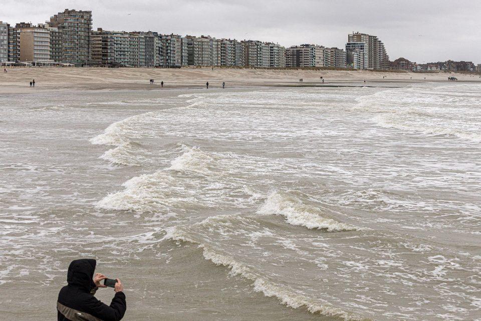 stormfotografie, onweersfotografie, fotograferen tijdens de storm, Tips onweersfotografie, storm ciara, storm ciara in Nieuwpoort