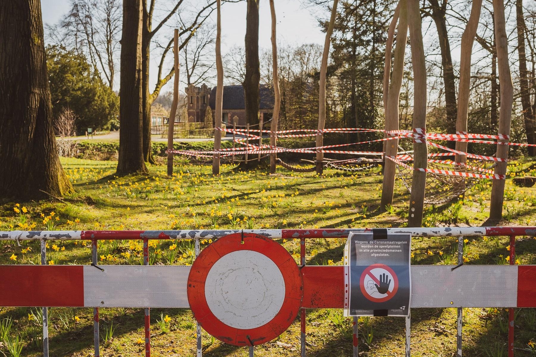 Provinciedomein d'Aertrycke tijdens de corona lockdown 2020 © Glenn Vanderbeke