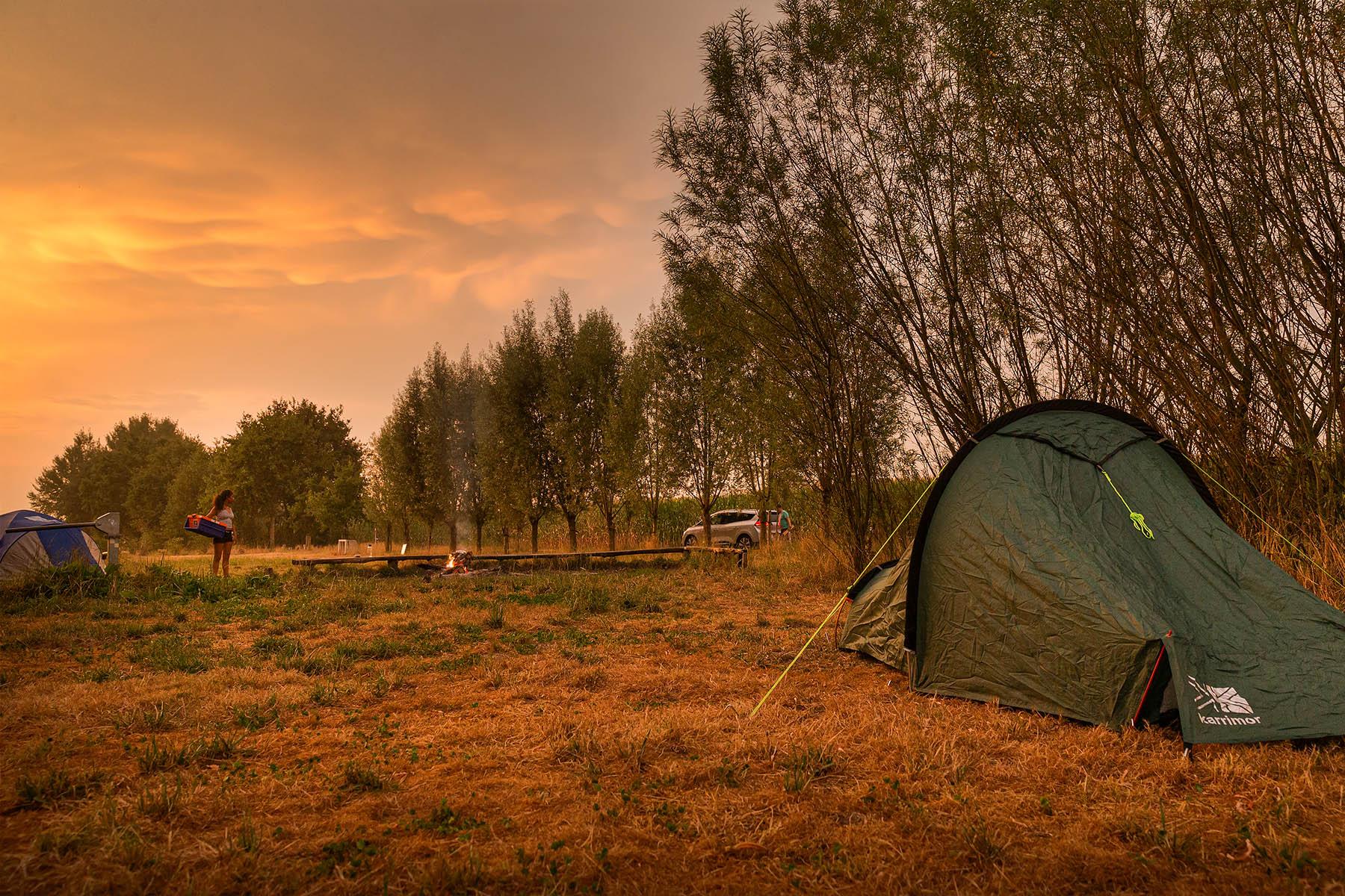Bivakzone Kleit nabij het drongengoedbos, landschapspark drongengoed, Kleit. Legaal kamperen in België, legaal kamperen in Oost-Vlaanderen, West-Vlaamse landschapsfotograaf Glenn Vanderbeke